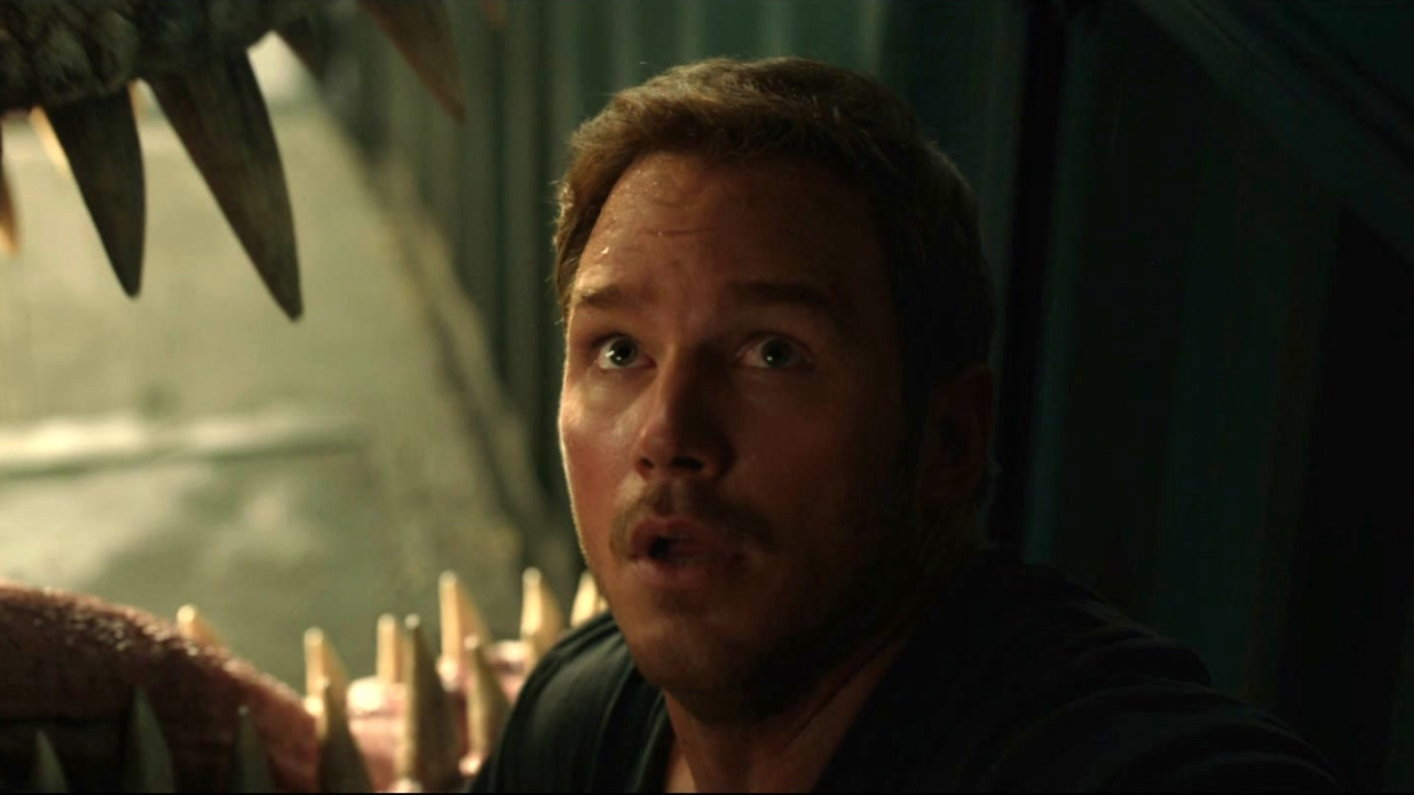 Jurassic World: Fallen Kingdom: Claire Helps Owen Escape As The T-Rex Wakes Up
