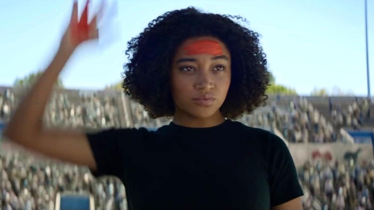 The Darkest Minds: Young Minds With Alexandra Bracken (Featurette)