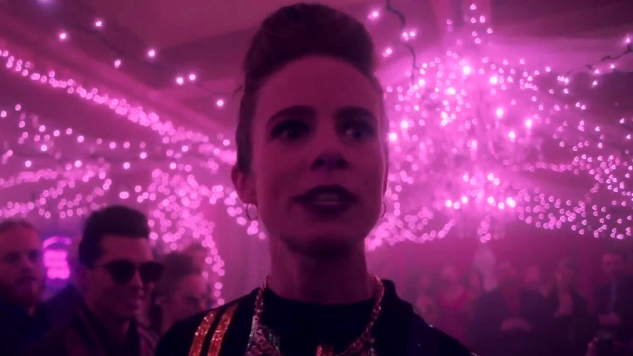 Wynonna Earp: Blood Red And Going Down