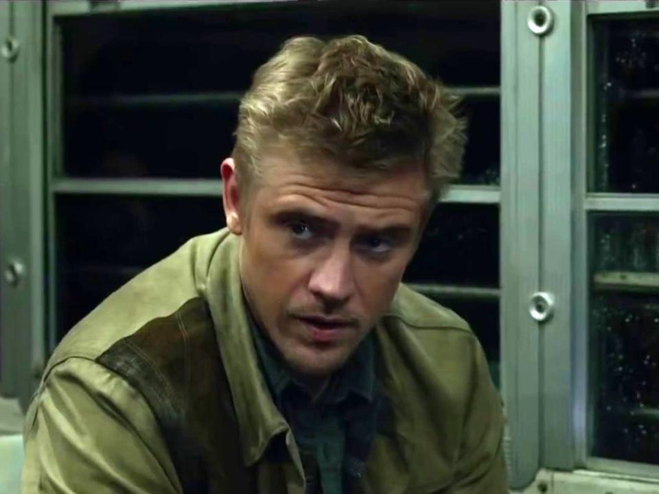 The Predator (Trailer 2)