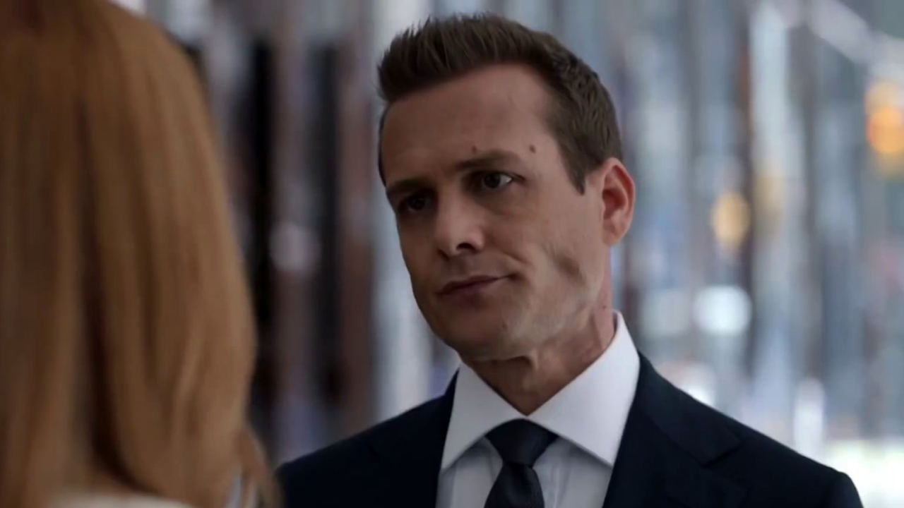 Suits: Donna Holds Harvey Accountable
