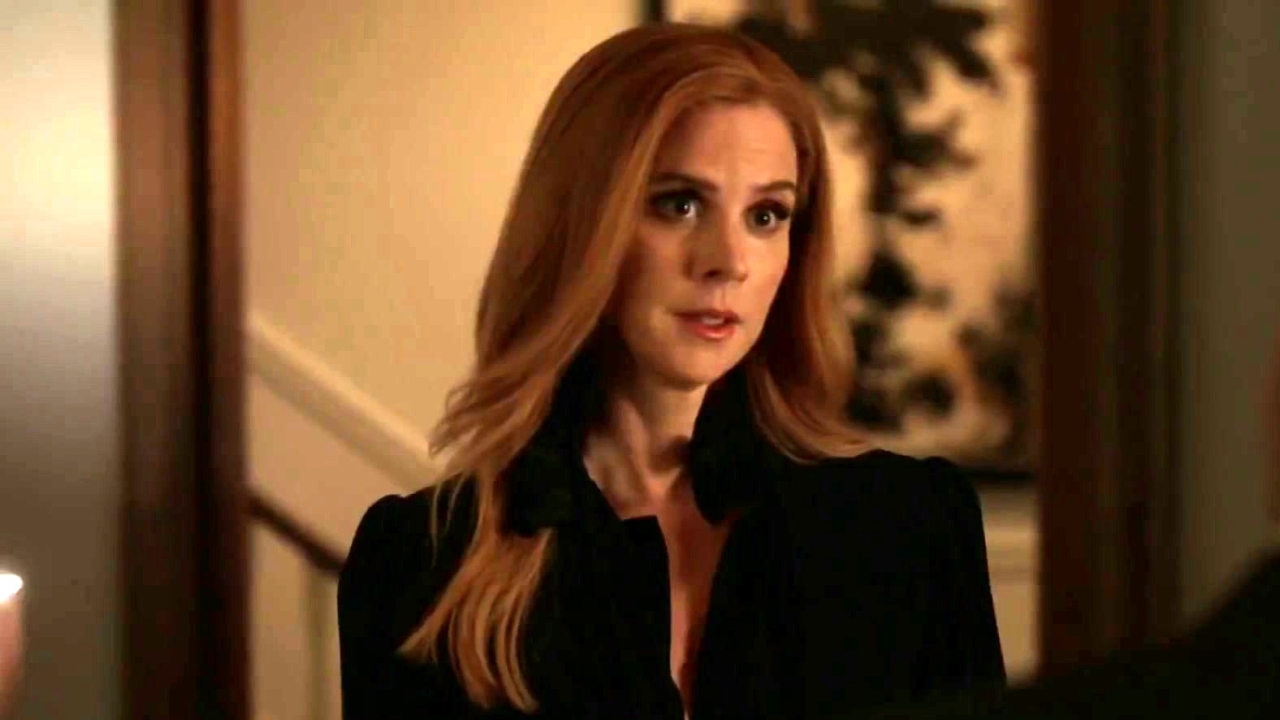 Suits: Donna Puts The Fate Of The Firm On Louis' Shoulders