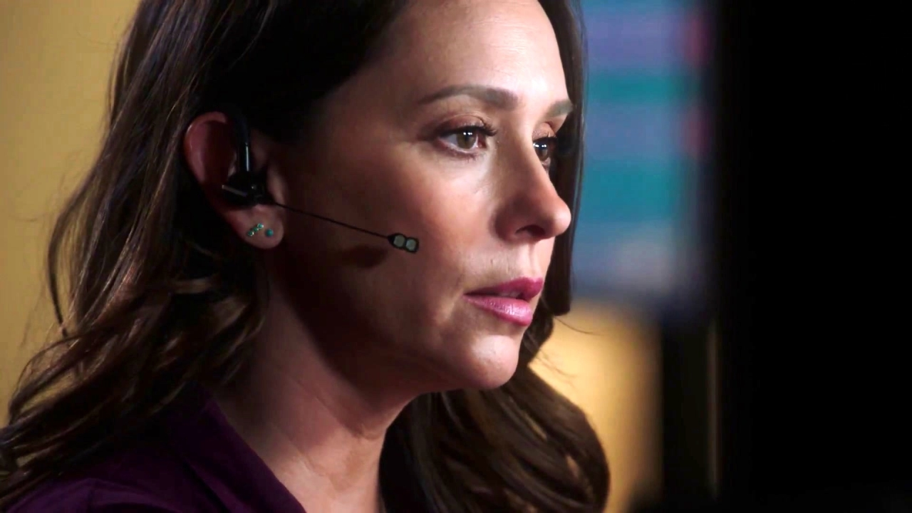 9-1-1: Maddie Takes Her First Call