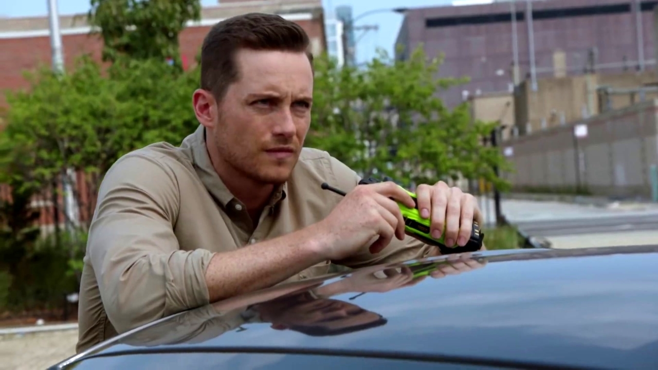 Chicago P.D.: Halstead Takes A Bullet