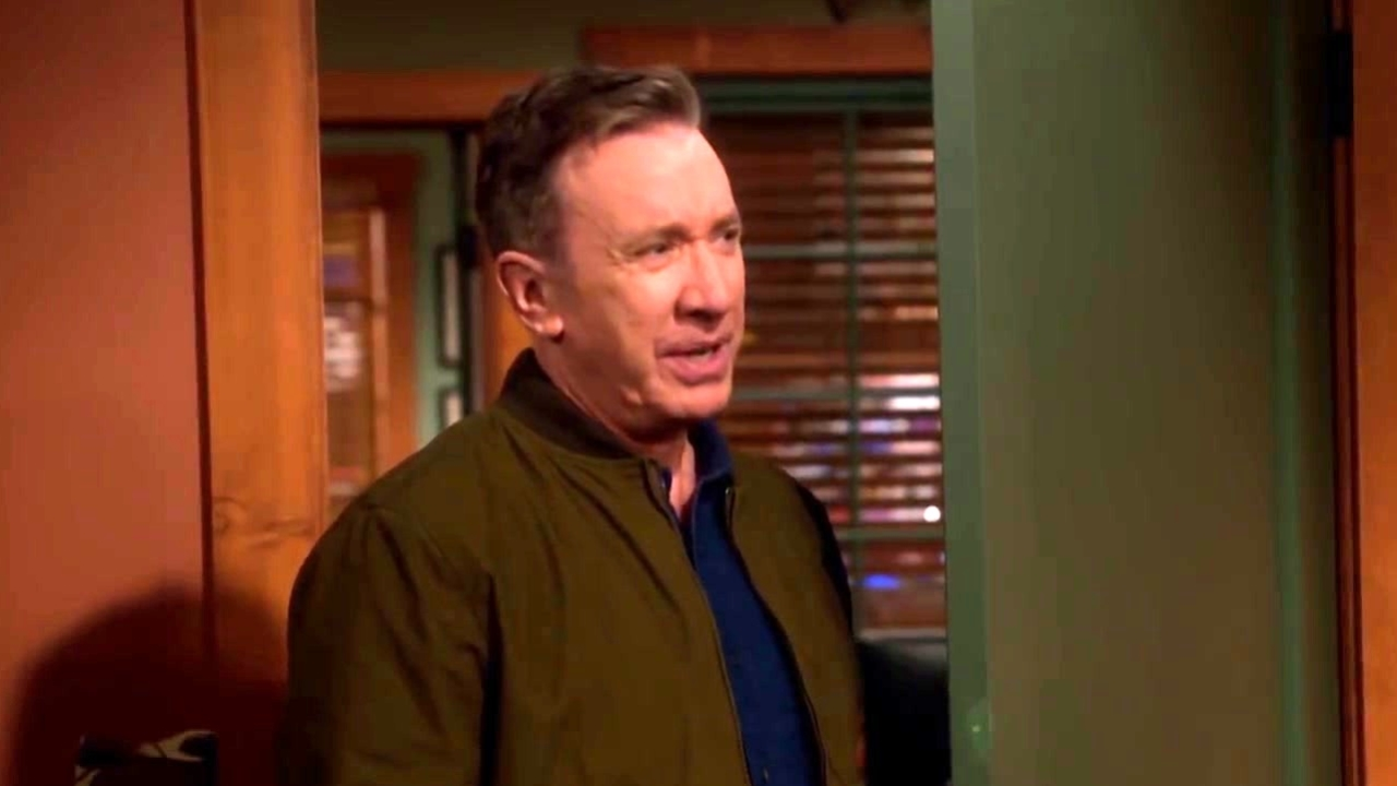 Last Man Standing: The Guys Tease Mike Before He Leaves