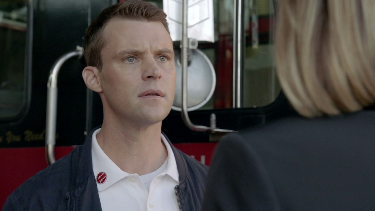 Chicago Fire: Watch Your Back