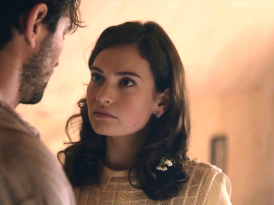 The Guernsey Literary And Potato Peel Pie Society: Juliet And Dawsey