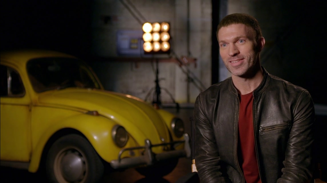 Bumblebee: Travis Knight On Hailee Steinfeld