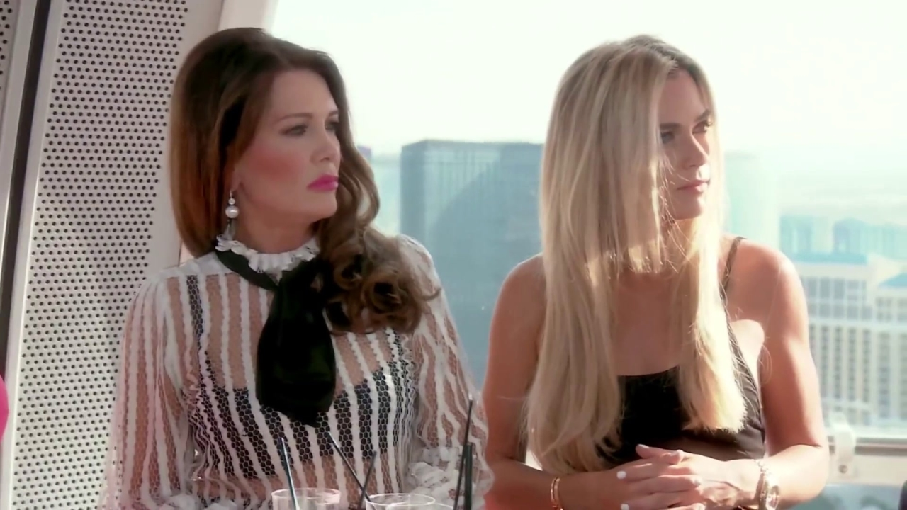 THE REAL HOUSEWIVES OF BEVERLY HILLS: Dorit Kemsley and Lisa Rinna Revisit the Past