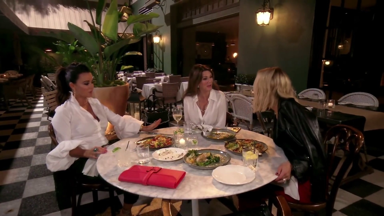 The Real Housewives of Beverly Hills: Petty Mess