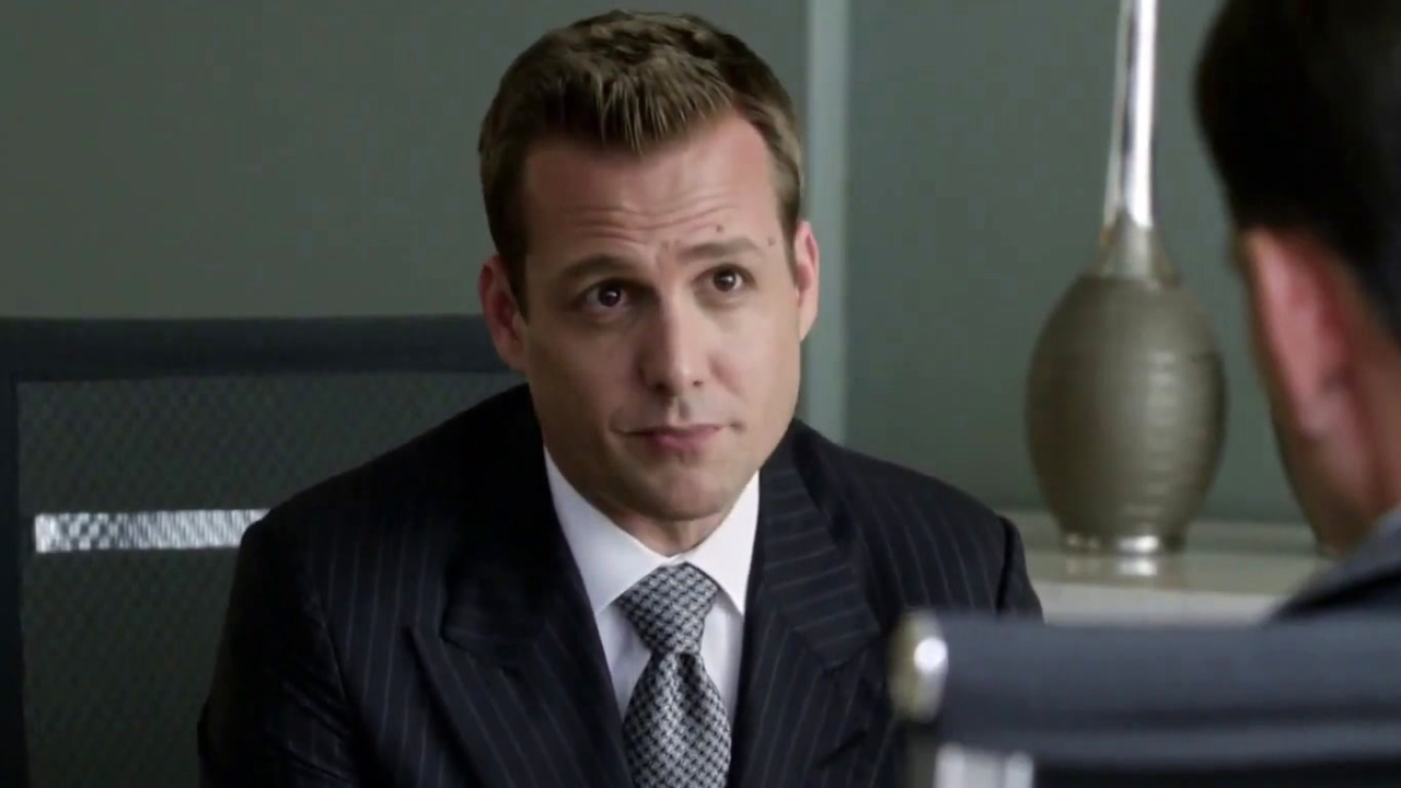 Suits: Harvey Shares A Story About Michael Jordan