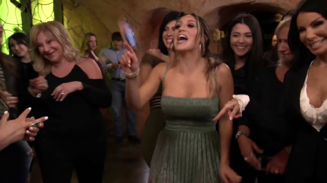 The Real Housewives of New Jersey: Drunk Melissa Gorga Is Honest and Just DGAF