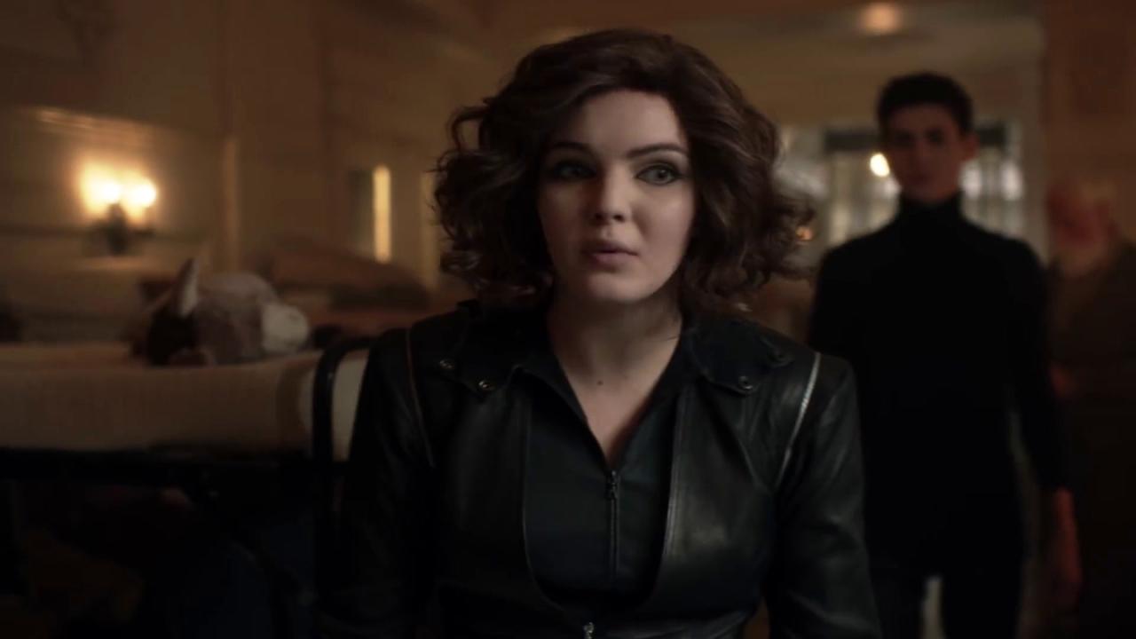 Gotham: Selina Needs Bruce's Help Finding Jeremiah