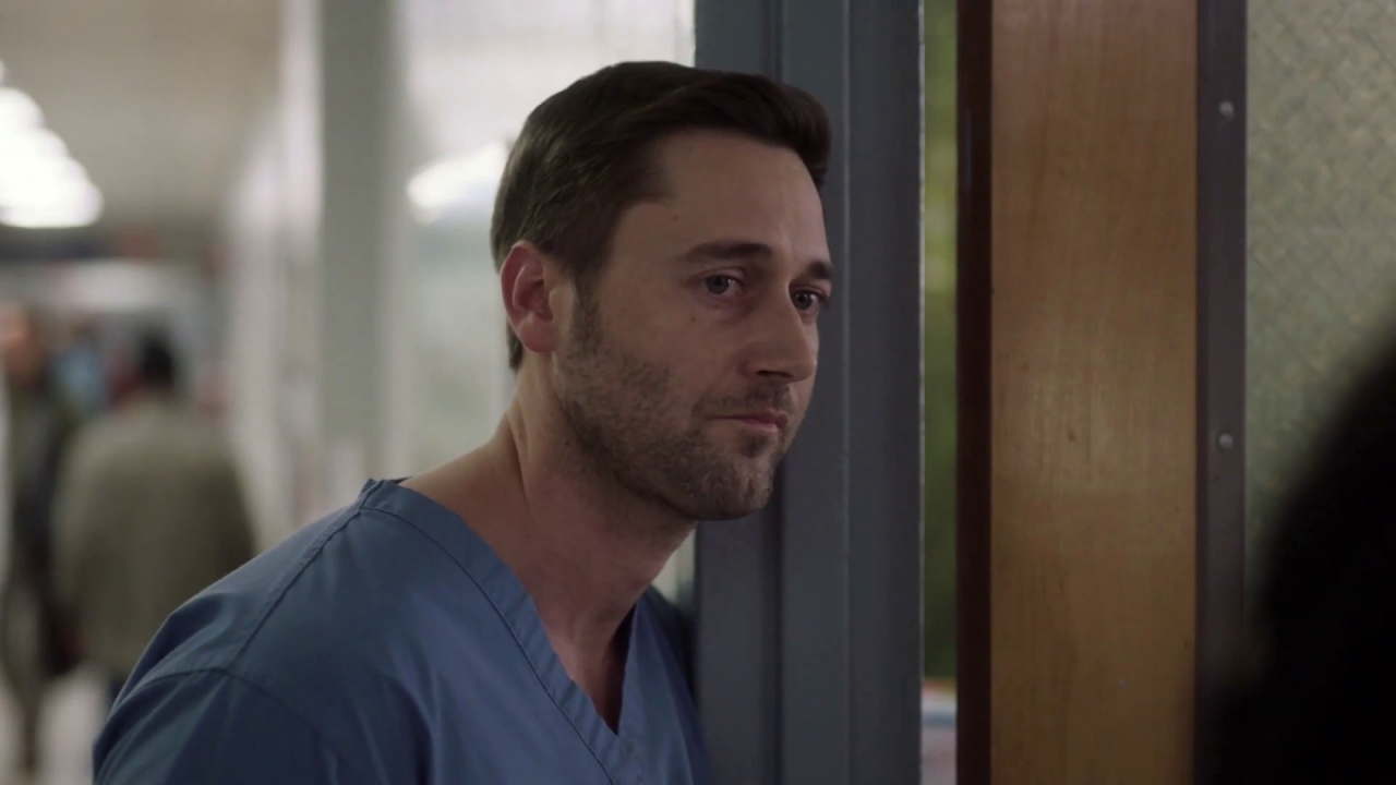 New Amsterdam: Max Leans On Sharpe