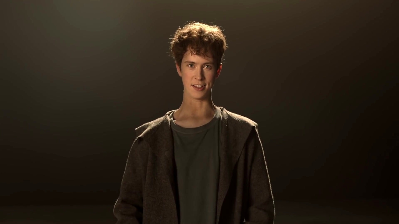 The Kid Who Would Be King: Merlin Moments: Portals (US Featurette)
