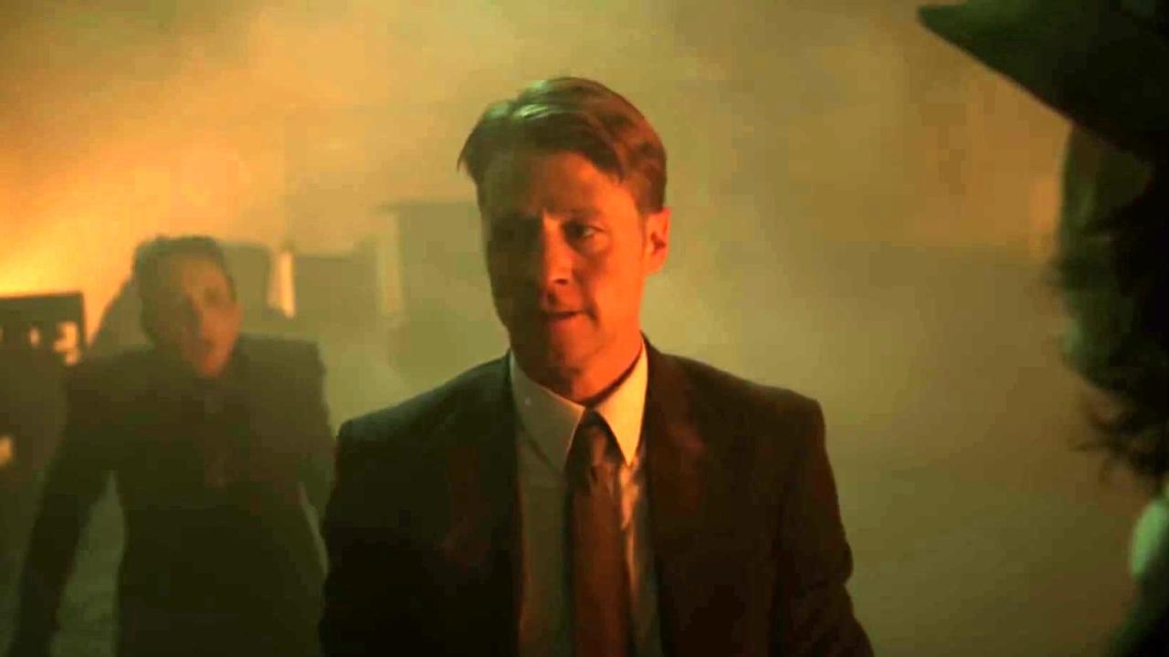 Gotham: Gordon Confronts Penguin About The Fire