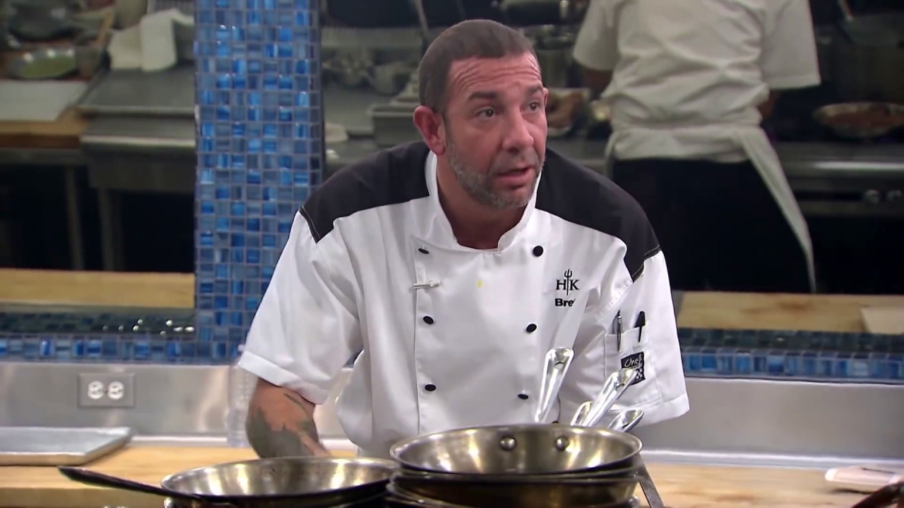 Hell's Kitchen: Bret Has Trouble In The Meat Station