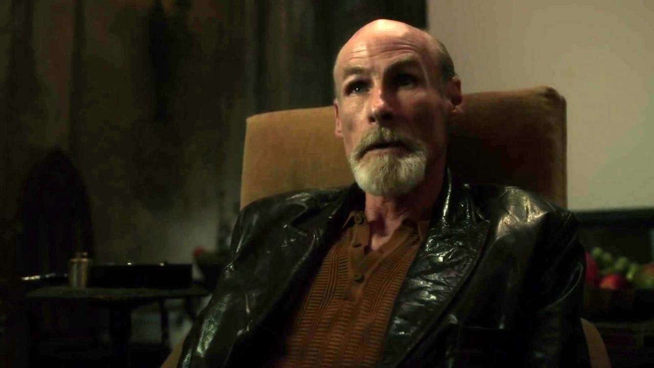Gotham: Gordon Is Saved By An Old Friend