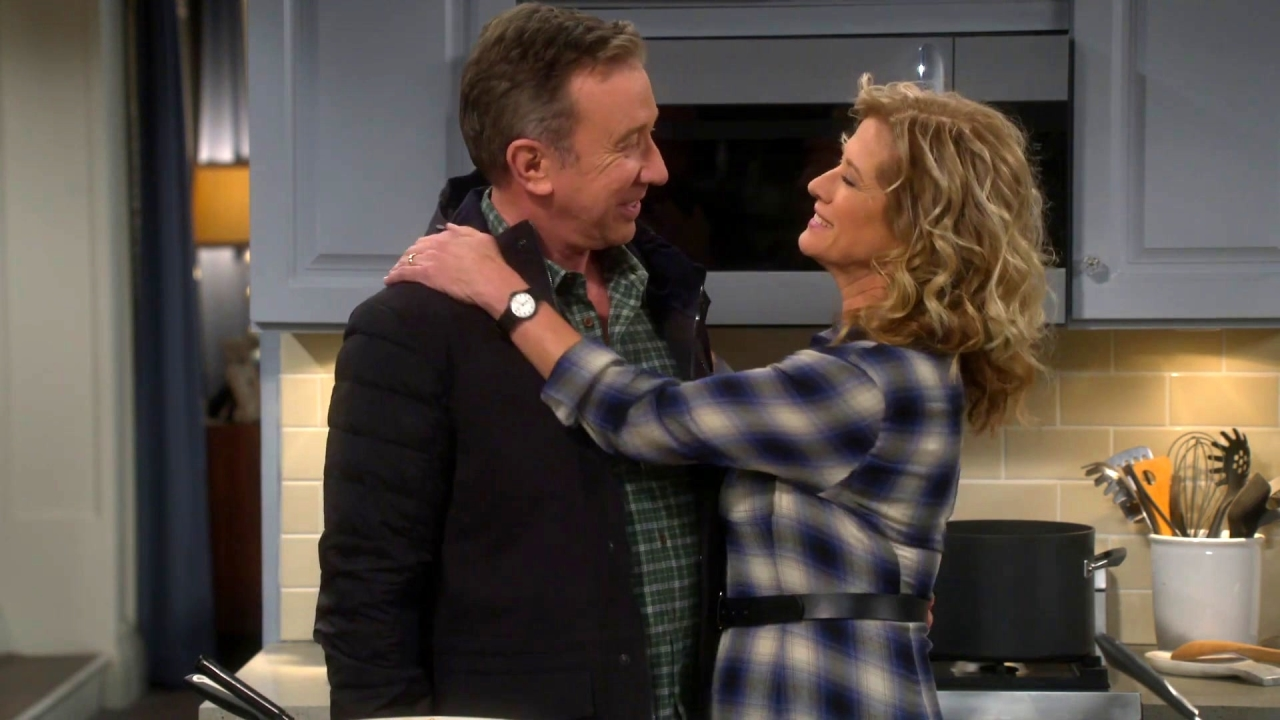 Last Man Standing: Vanessa & Mike Are Excited For Their Romantic Getaway