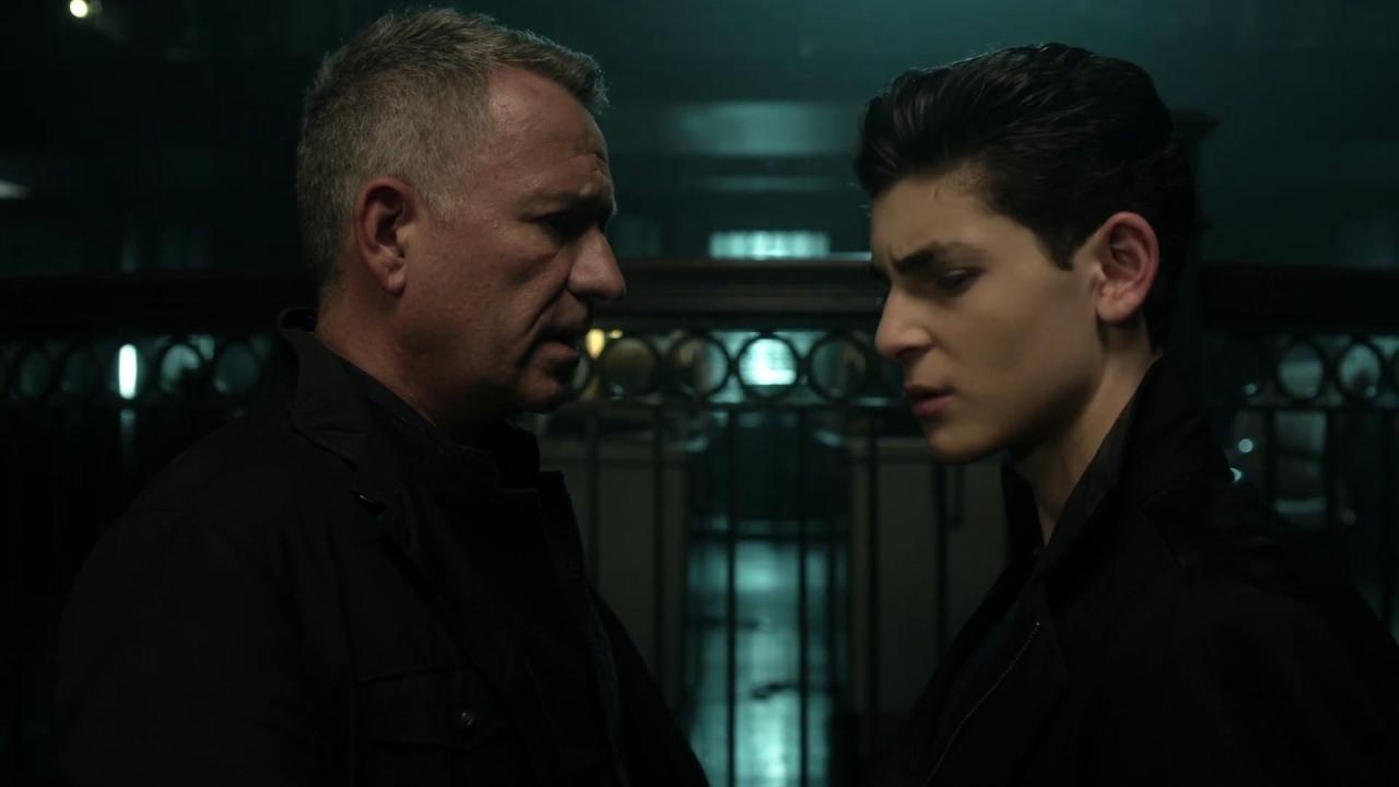 Gotham: Alfred & Gordon Are Suspicious of The New Squad
