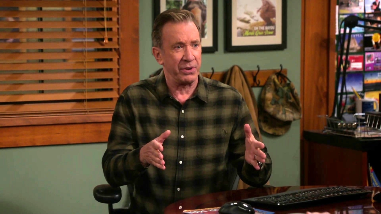 Last Man Standing: Chuck Asks Mike To Officiate The Wedding