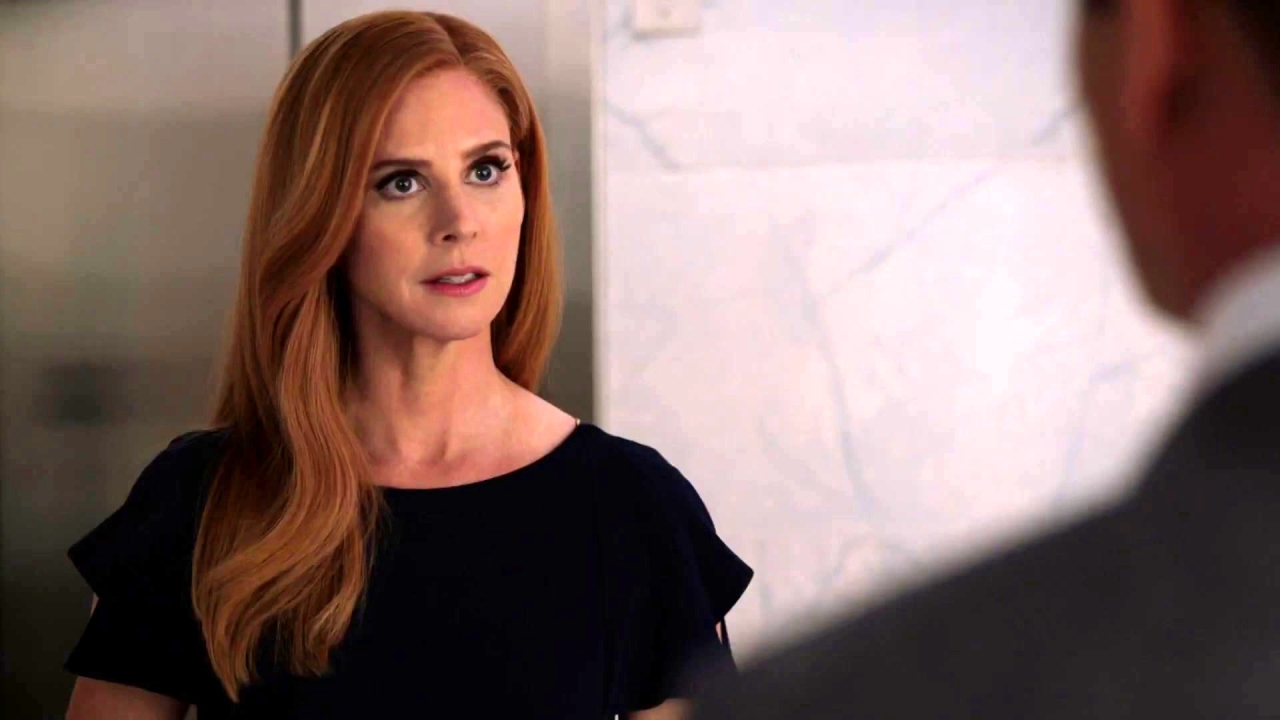 Suits: Harvey Watches Donna Leave With Thomas