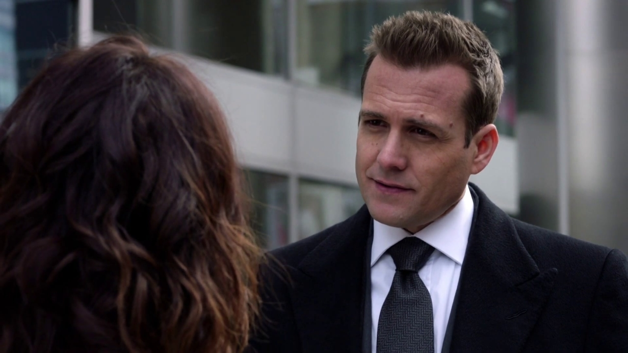 Suits: Scottie Bumps Into Harvey