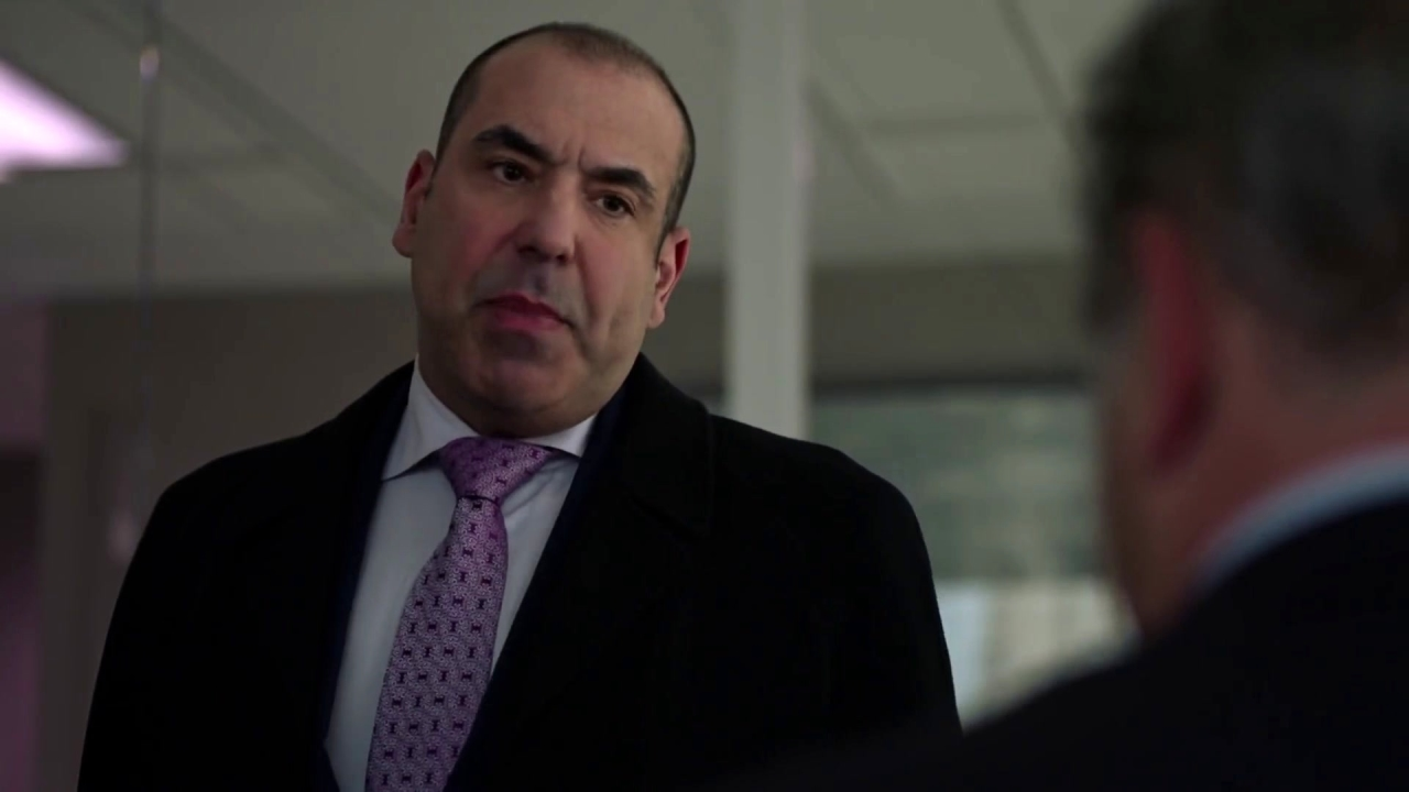 Suits: Harvey And Louis Confront Daniel Hardman