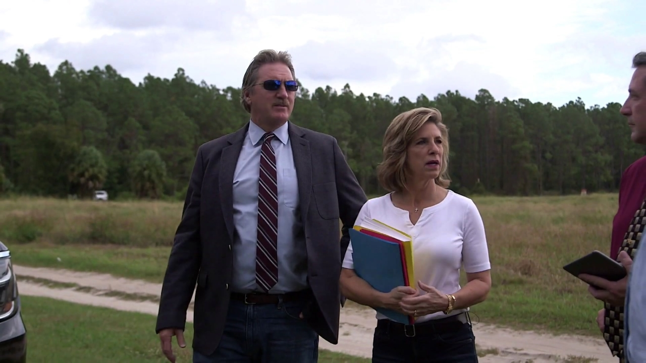 Cold Justice: Kelly Siegler Visits Where Carrie Leonard's Remains Were Found