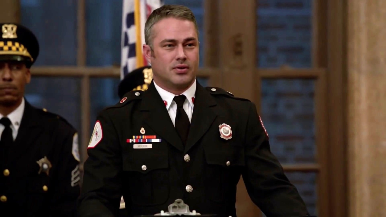 Chicago Fire: Cruz's Special Commendation