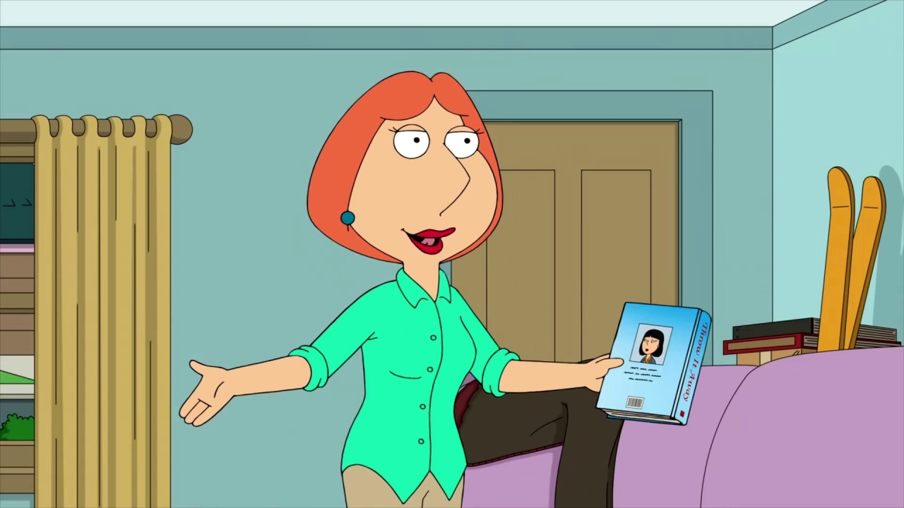 Family Guy: Lois Wants To Declutter The House