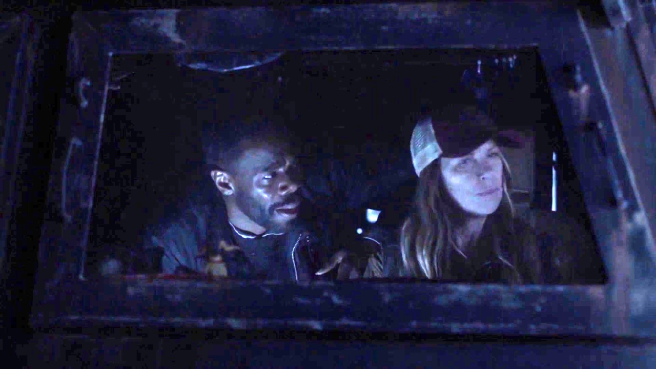 Fear The Walking Dead: Charlie's Stuck Behind Enemy Lines