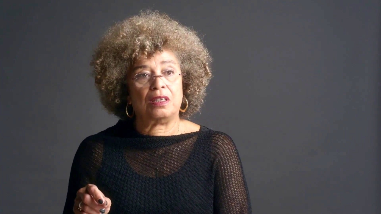 Toni Morrison: The Pieces I Am: Toni Morrison And Angela Davis Talk 'Beloved'