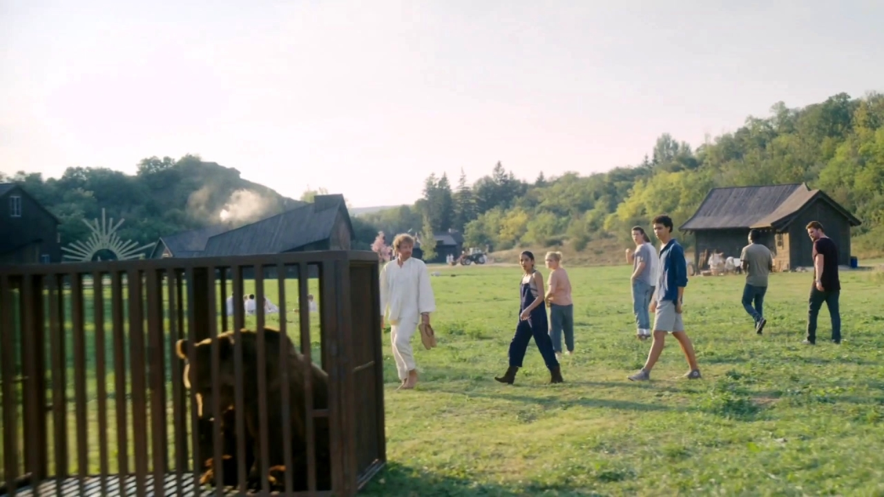 Midsommar: Bear In A Cage (Spot)