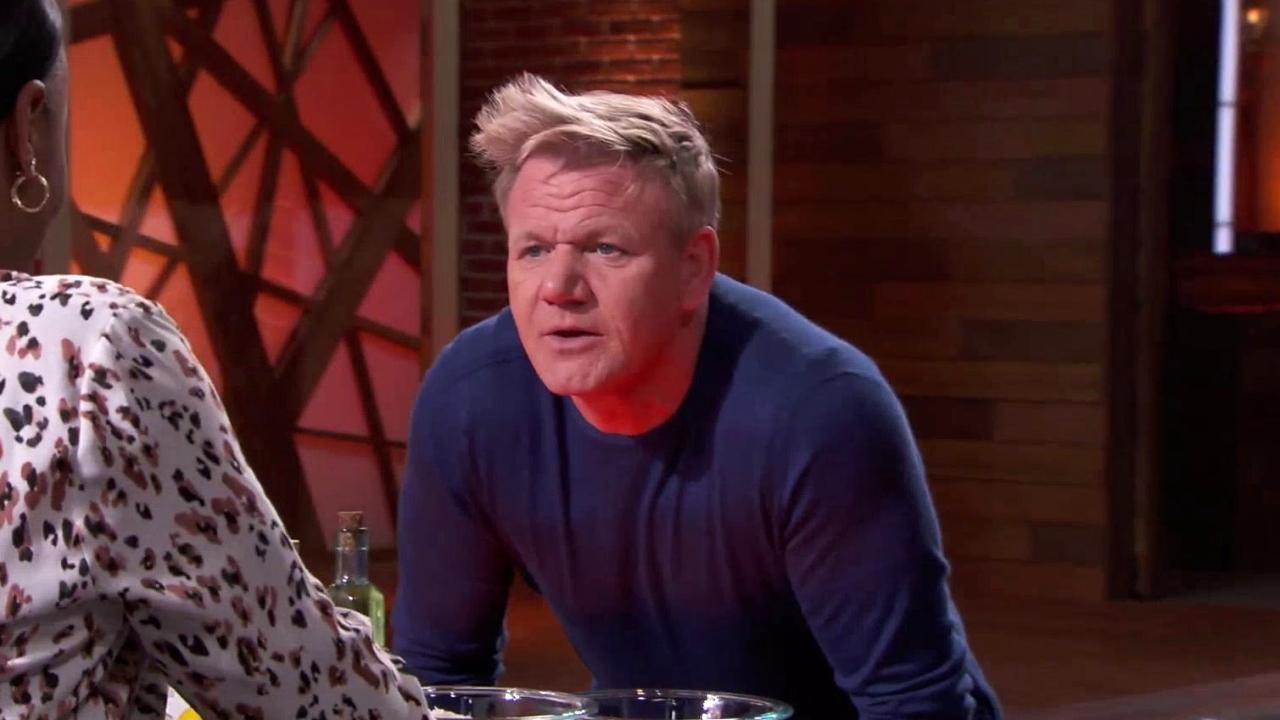 Masterchef: Gordon Helps Calm Down Dorian
