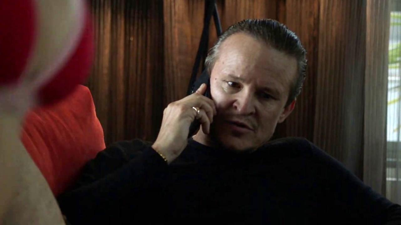 Mr Inbetween: Deal