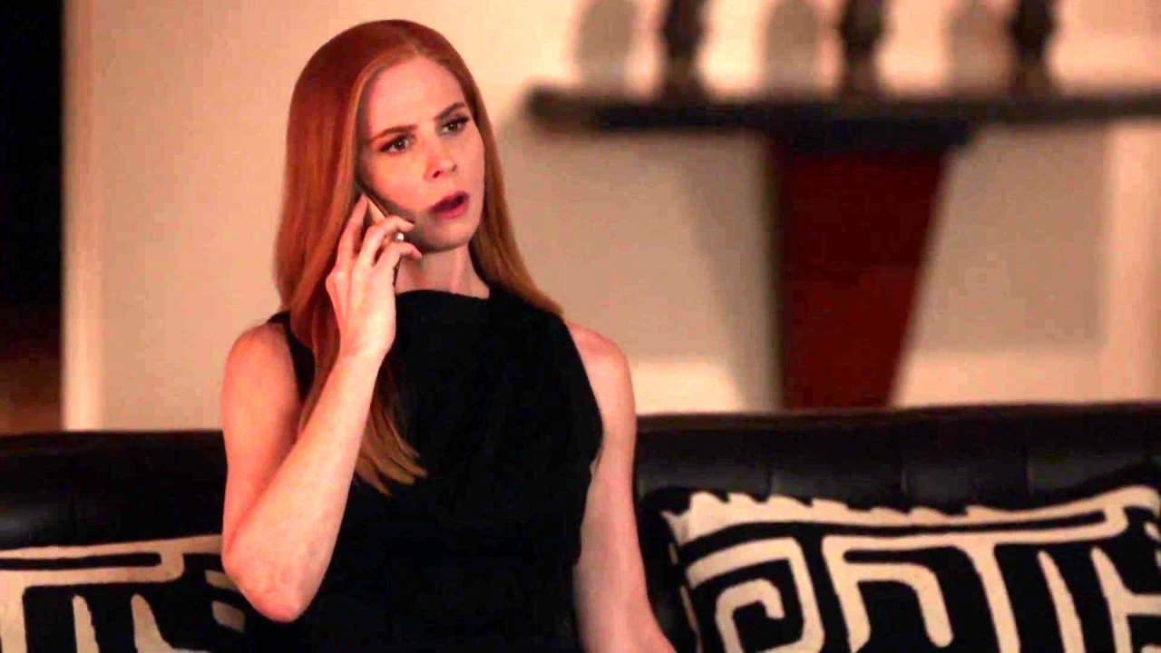 Suits: Faye Tells Donna That Sam Has Been Fired