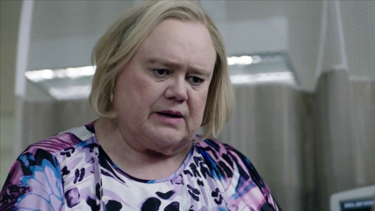 Baskets: The Cast Comes Off