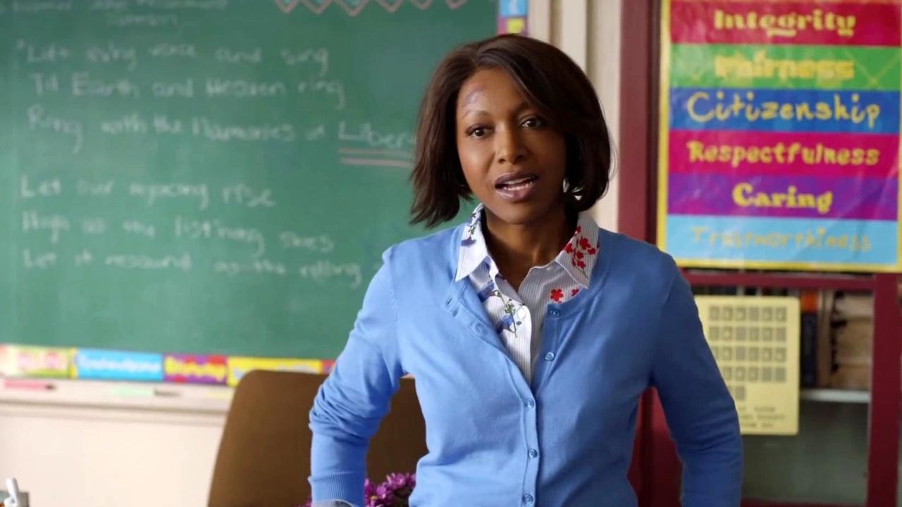 A Black Lady Sketch Show: Cool Handshake Teacher Needs A Win