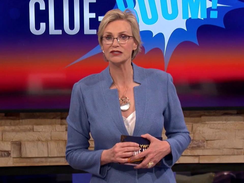Hollywood Game Night: Sherri Shepherd, Derek Hough And More Play Clue-Boom