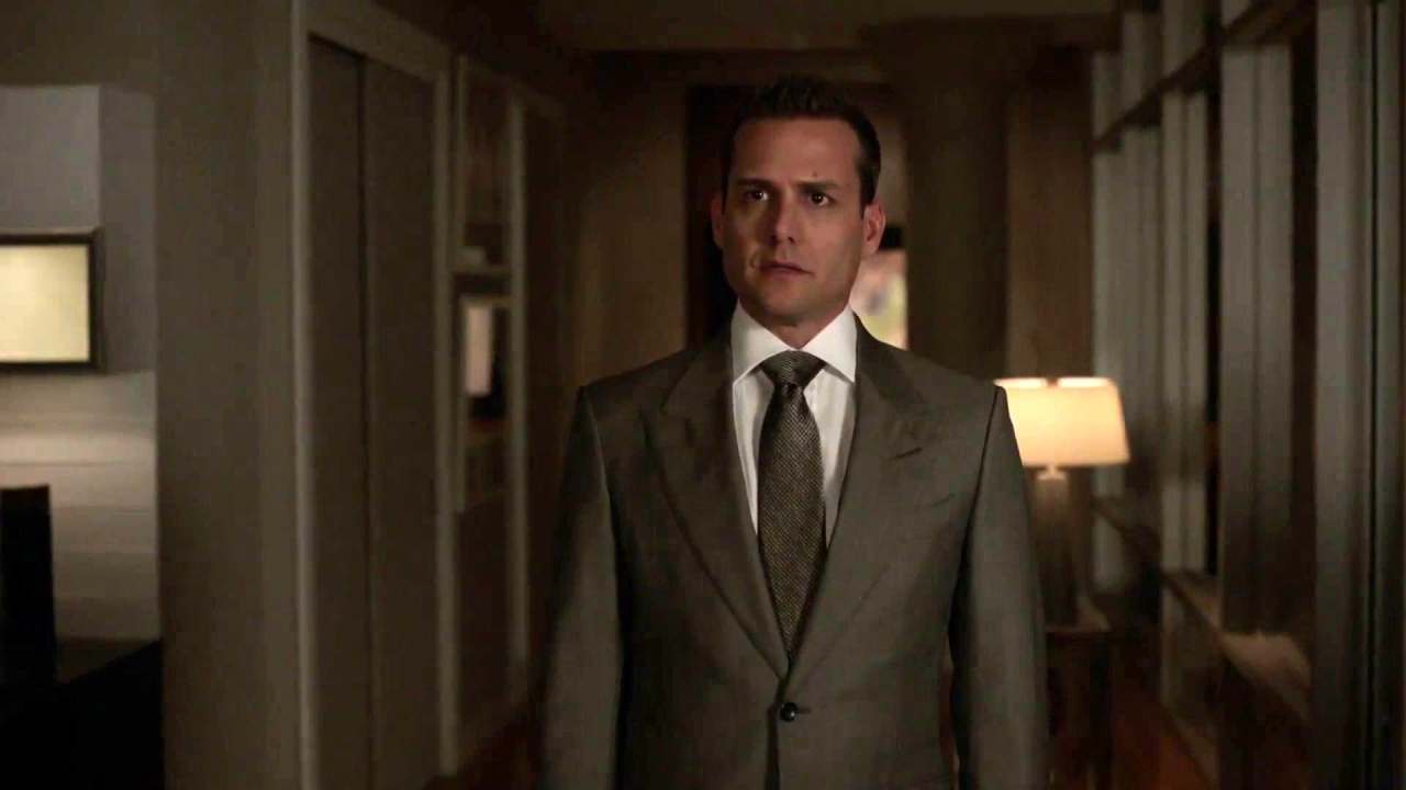 Suits: Donna Gives Harvey Bad News