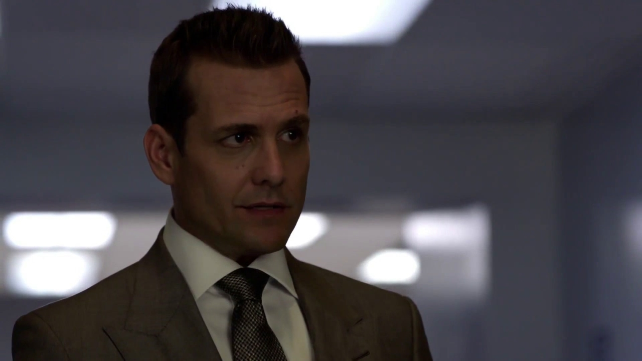 Suits: Harvey Runs The Table With Eric Forstman