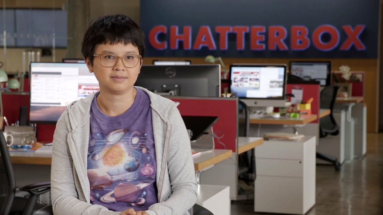 Jexi: Charlyne Yi On 'Phil'