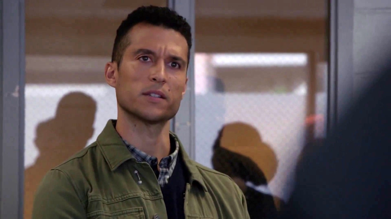 Chicago Fire: Tell 'Em About The Badlands!