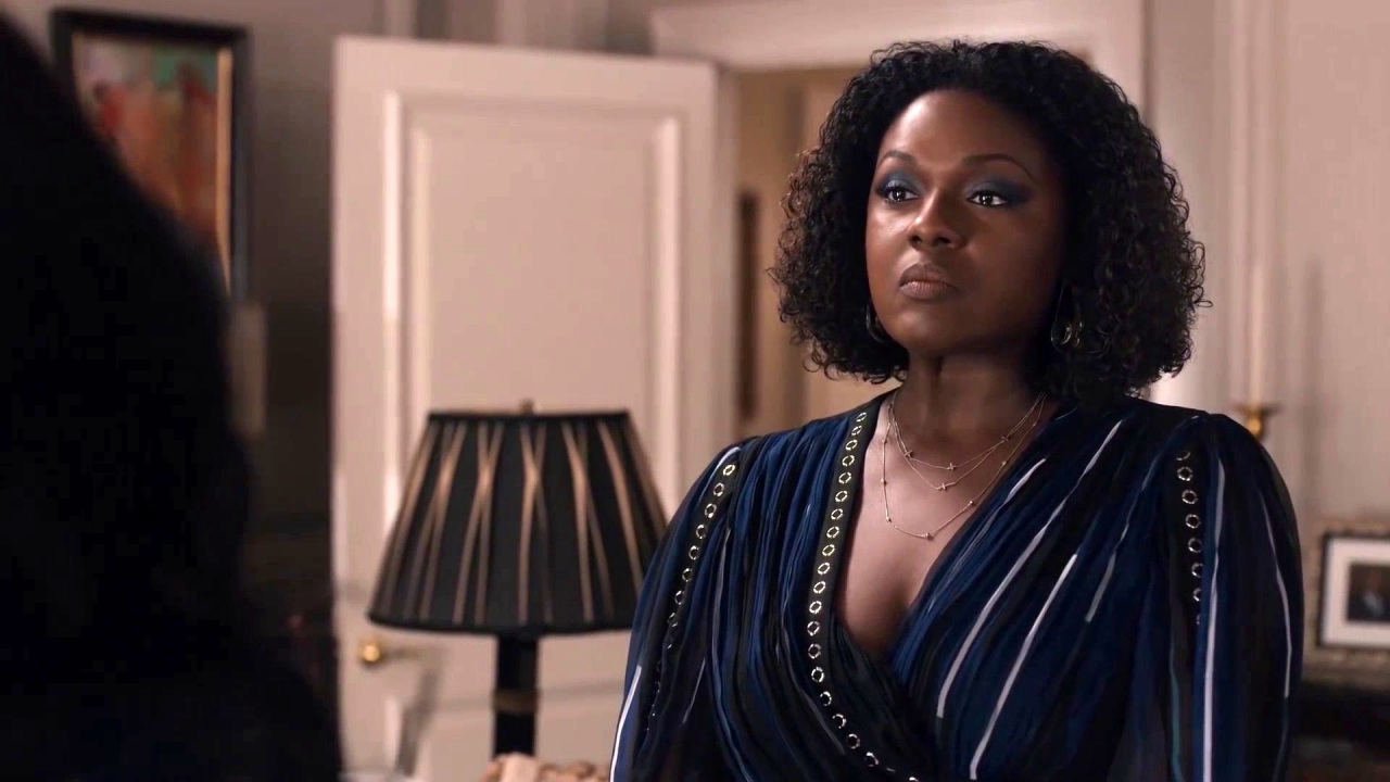 Greenleaf: Lady Mae Puts Charity in Check