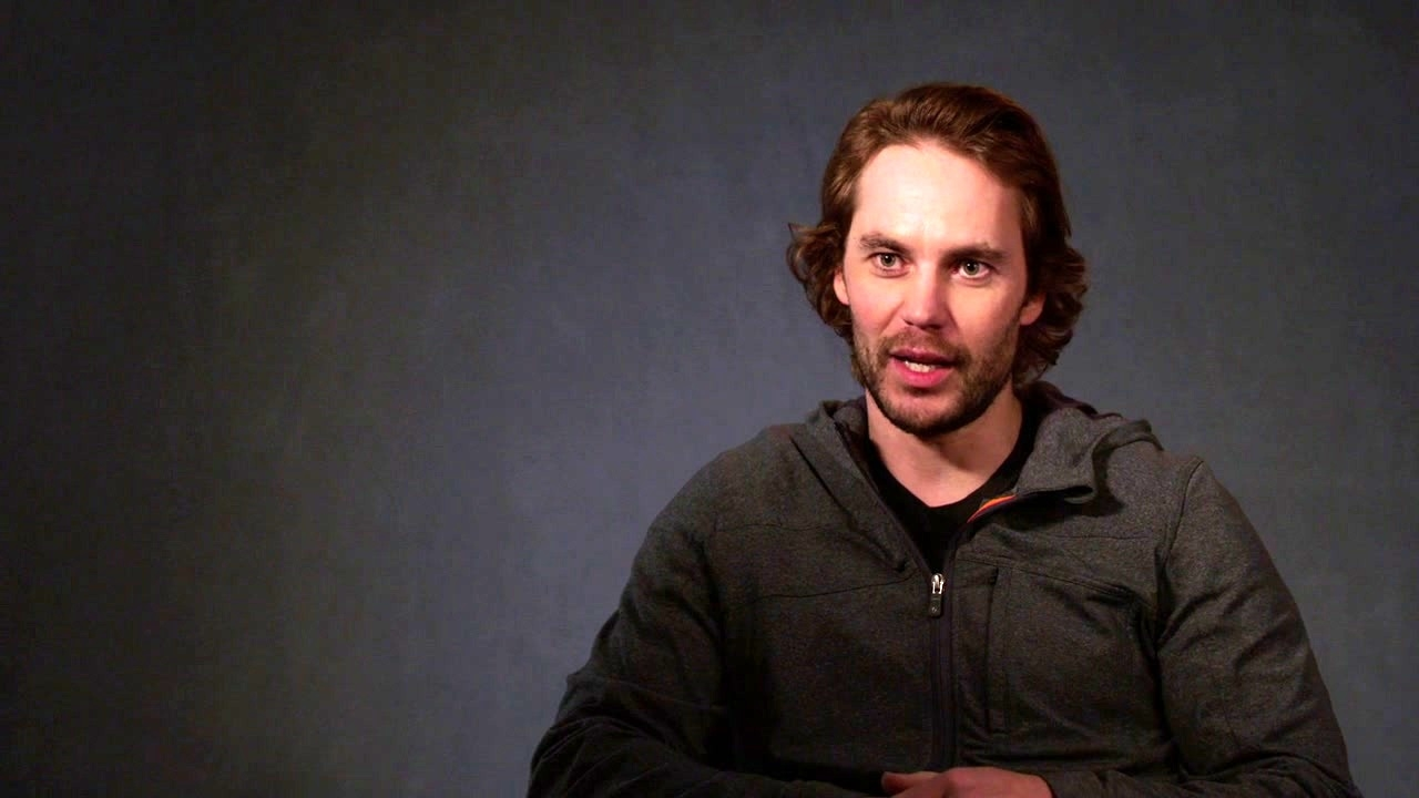 21 Bridges: Taylor Kitsch On Closing Down Manhattan