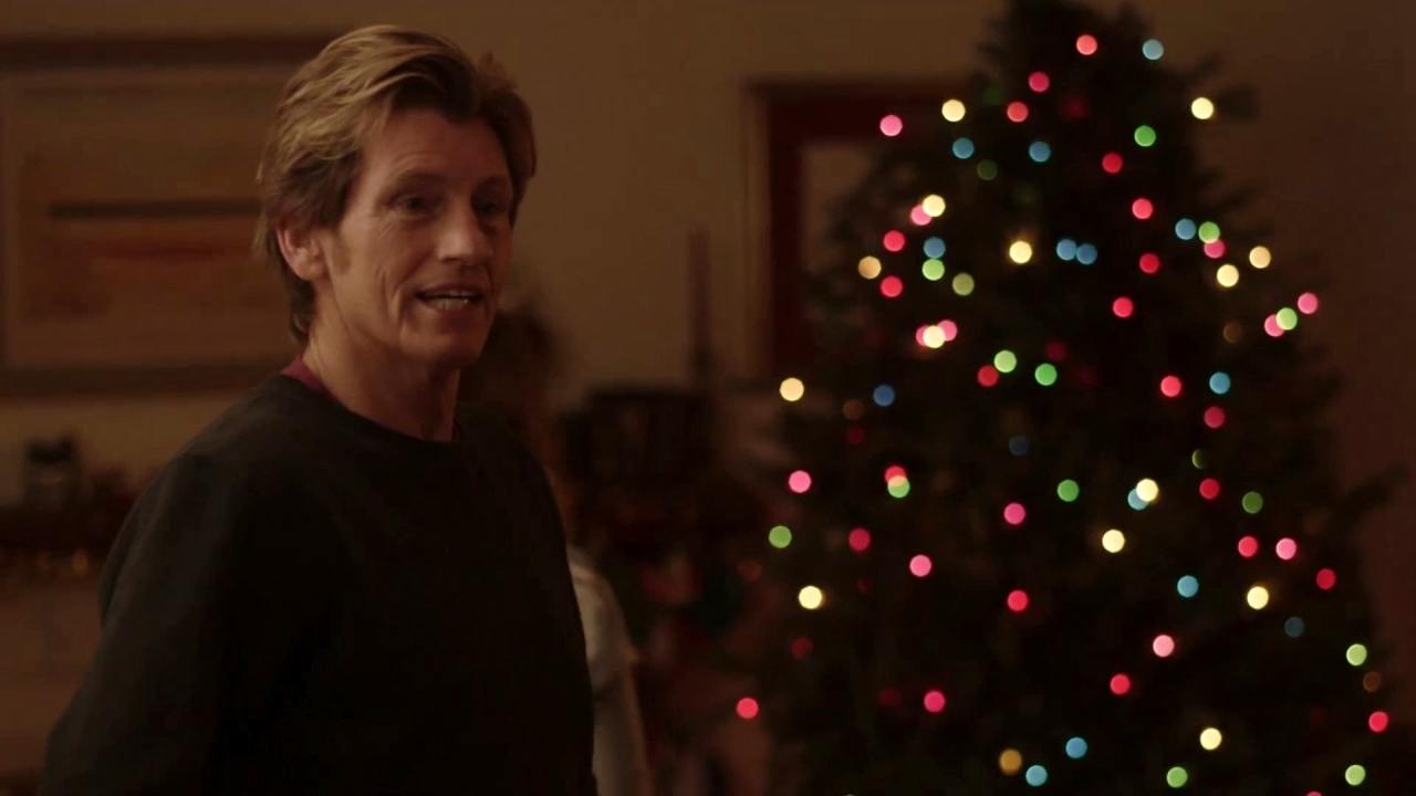 The Moodys: Sean Sr. Scolds The Kids For Not Trimming The Tree