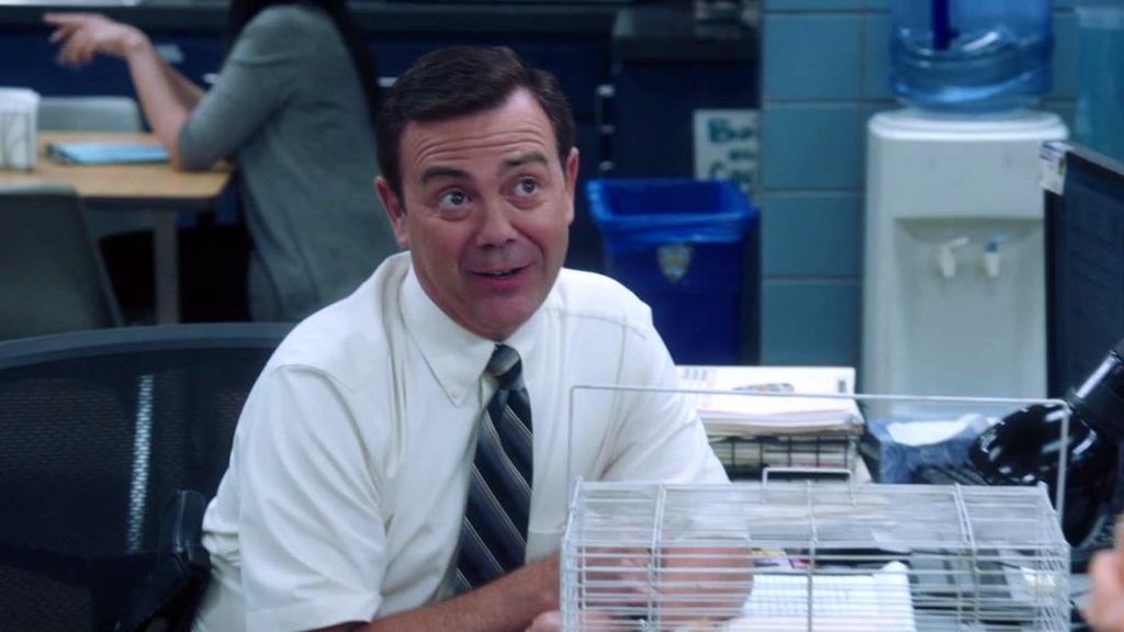 Brooklyn Nine-Nine: Boyle Has Guinea Pigs