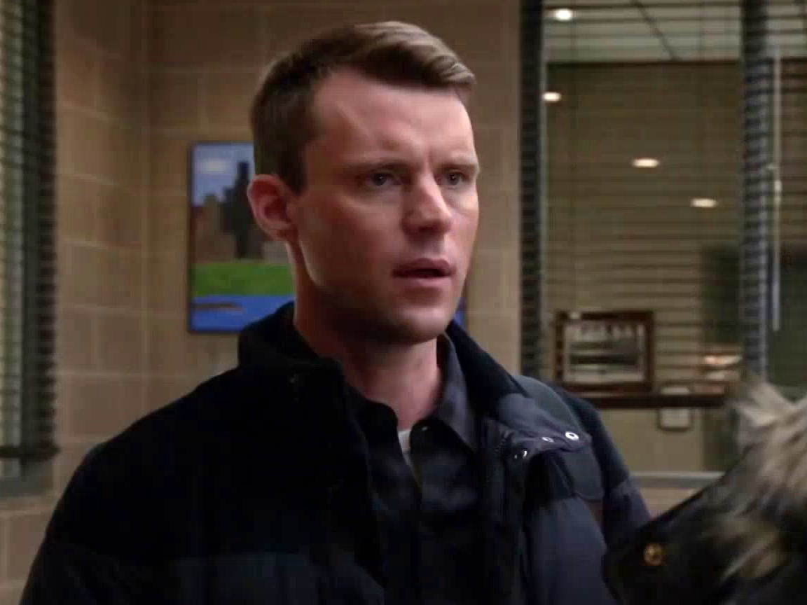 Chicago Fire: Casey Helps A Woman Who Was Conned