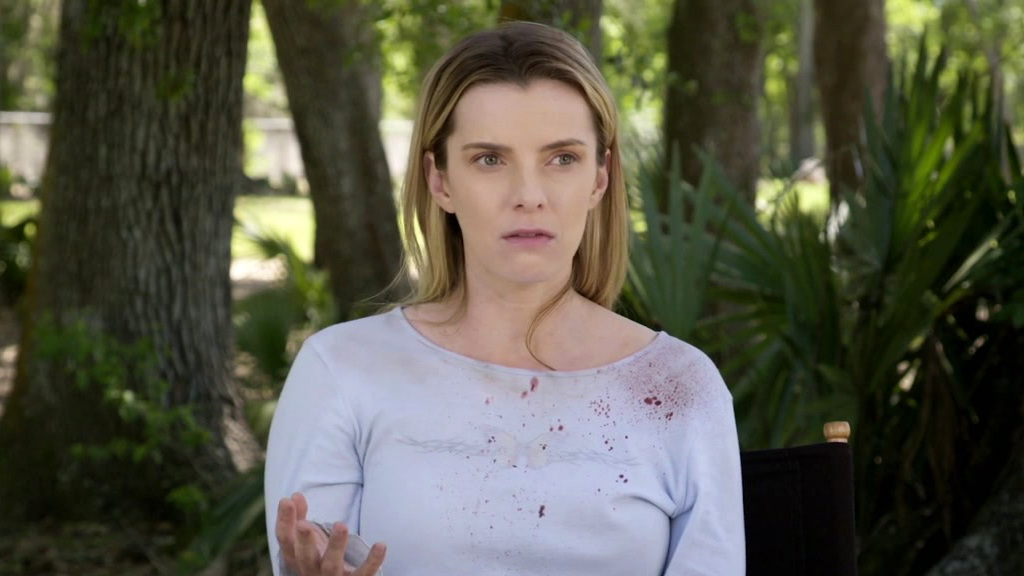 The Hunt: Betty Gilpin On Relating To Her Character